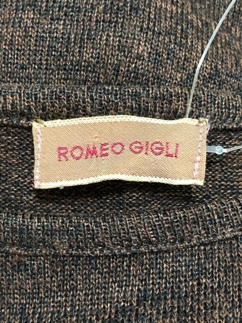 ROMEOGIGLI(ロメオジリ)のカットソー