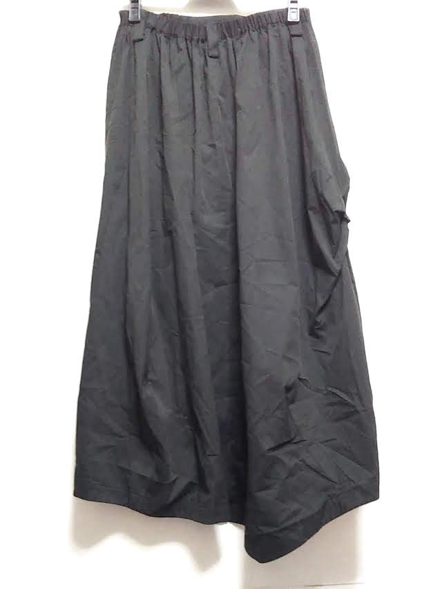 萌/MOYURU(モユル)のスカート