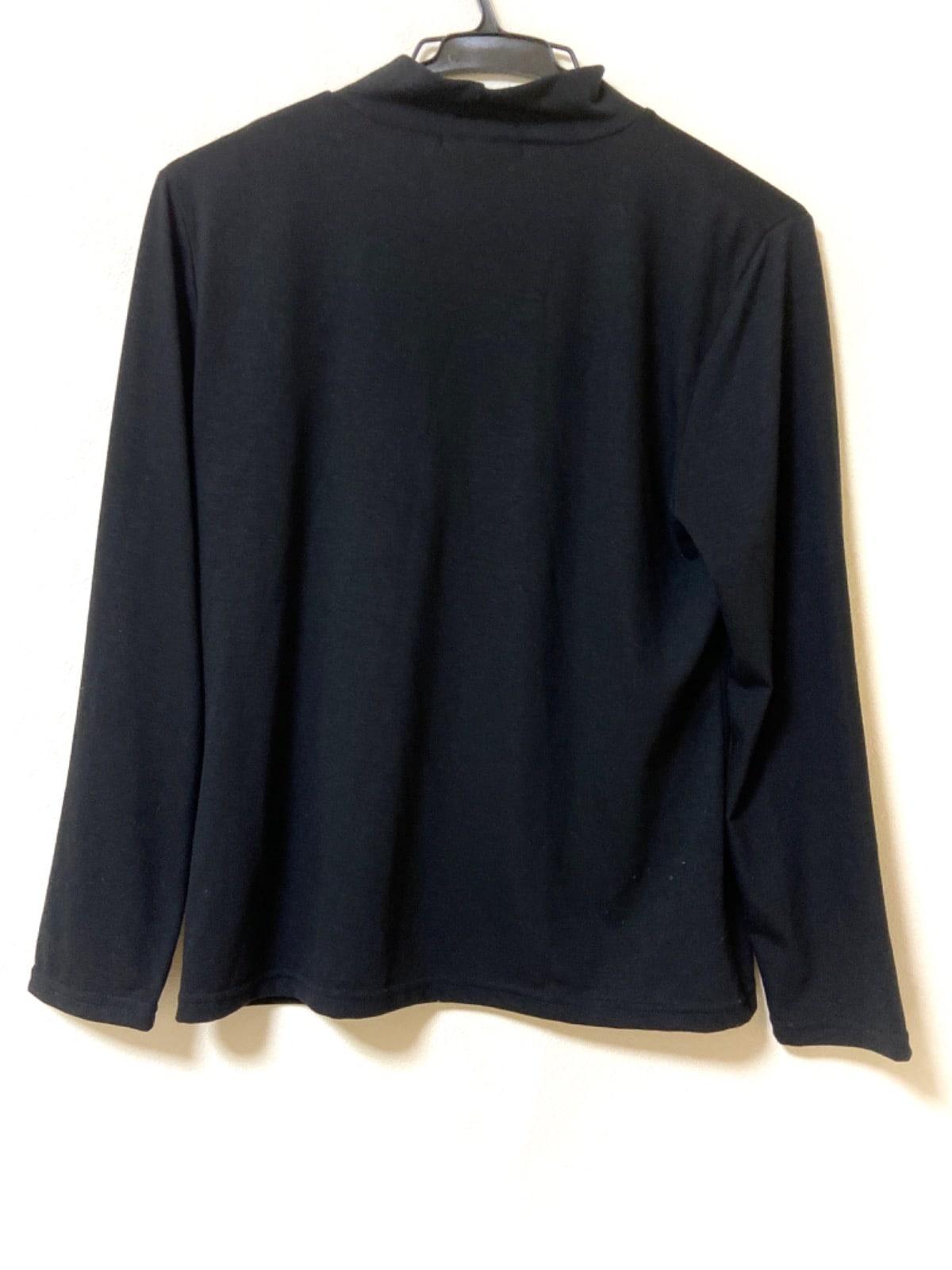 LE LIS(エルイーエルアイエス)のTシャツ