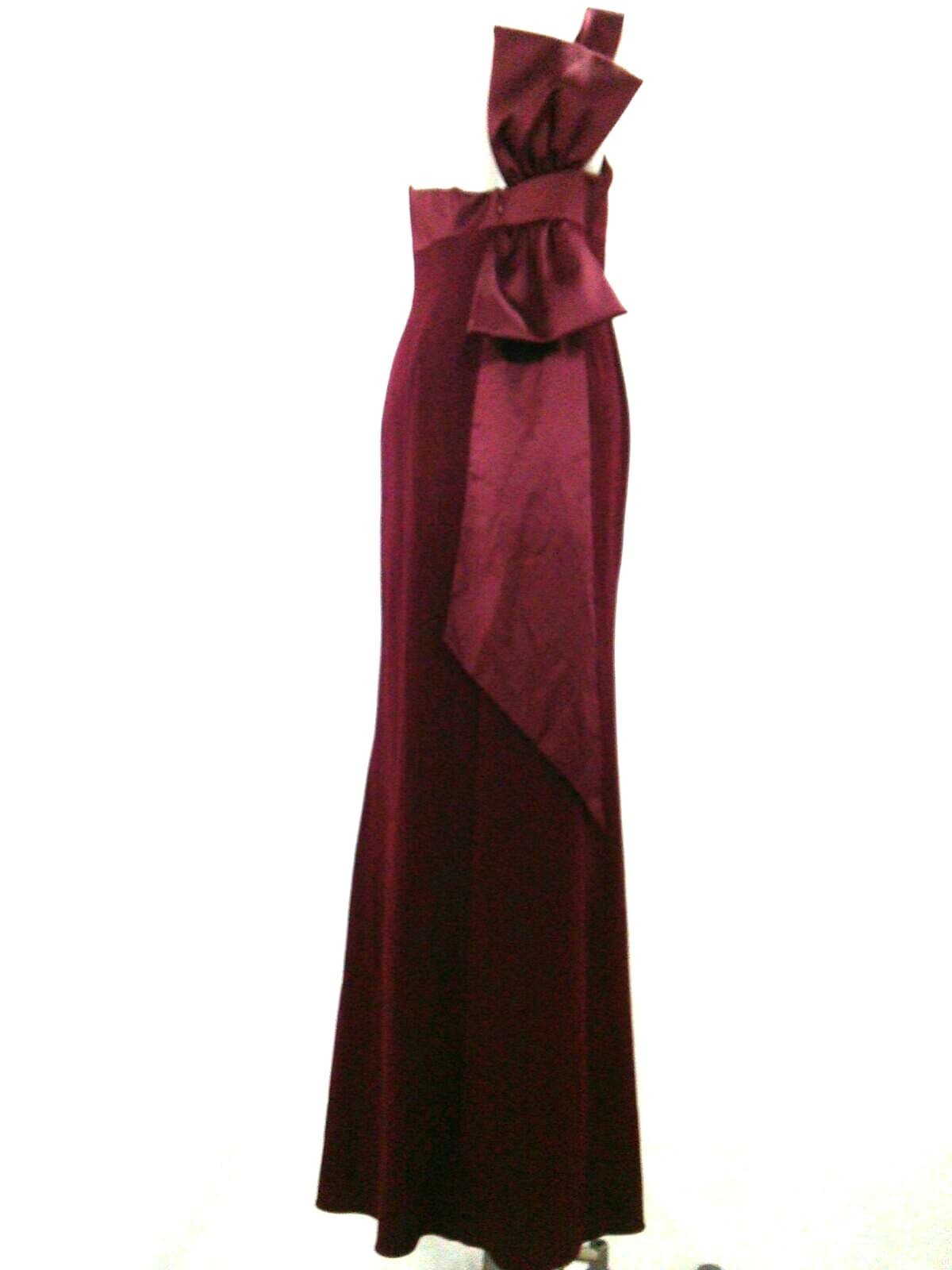 ADRIANNA PAPELL(アドリアナパペル)のドレス