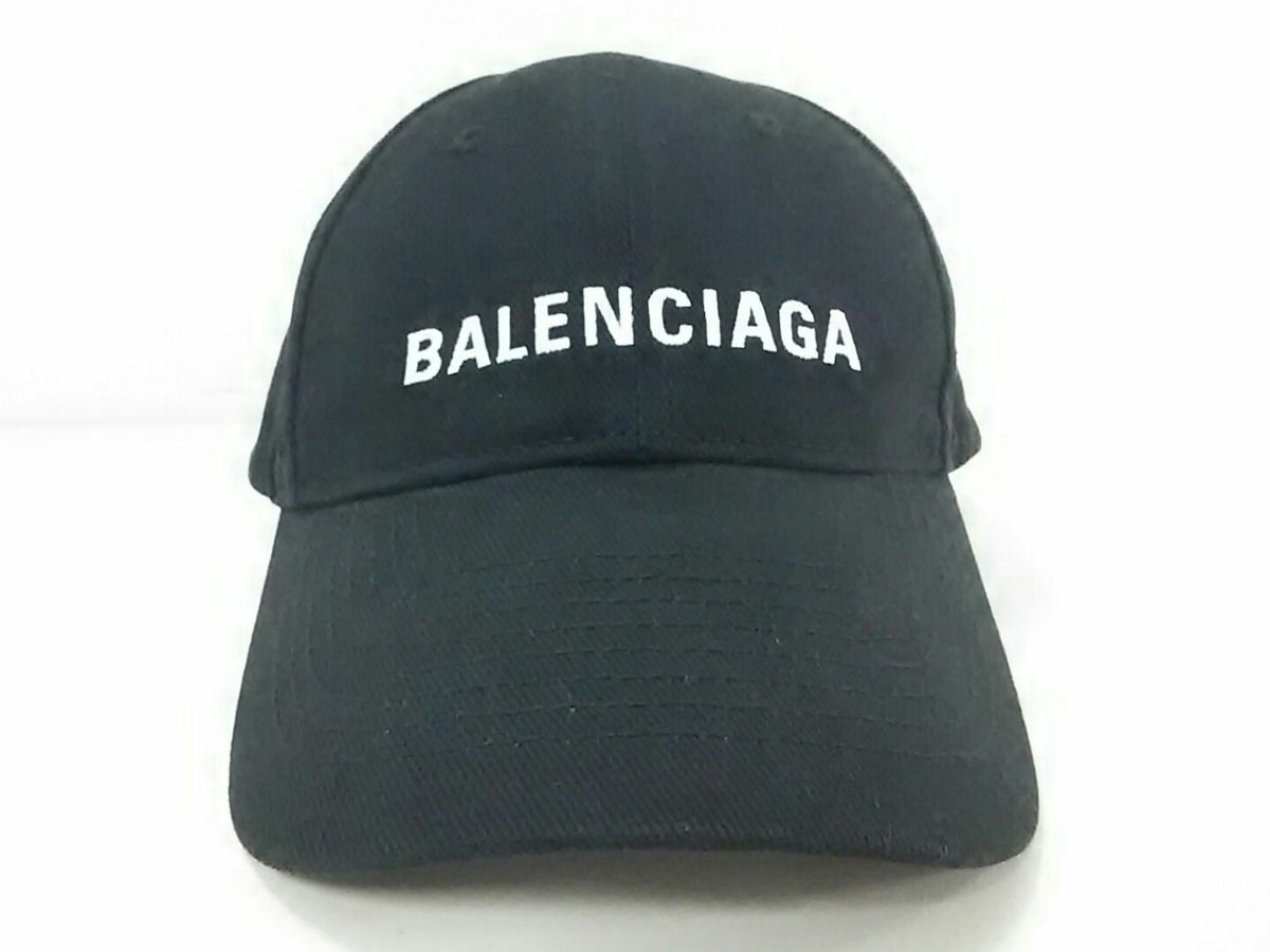 BALENCIAGA(バレンシアガ)のアーキタイプ