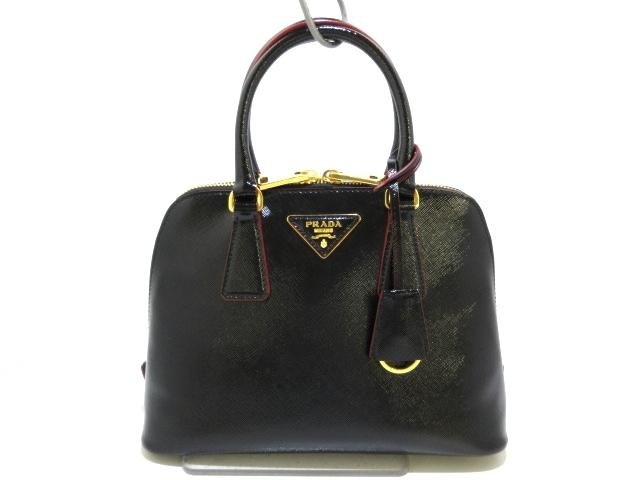PRADA(プラダ)のハンドバッグ 黒×レッド