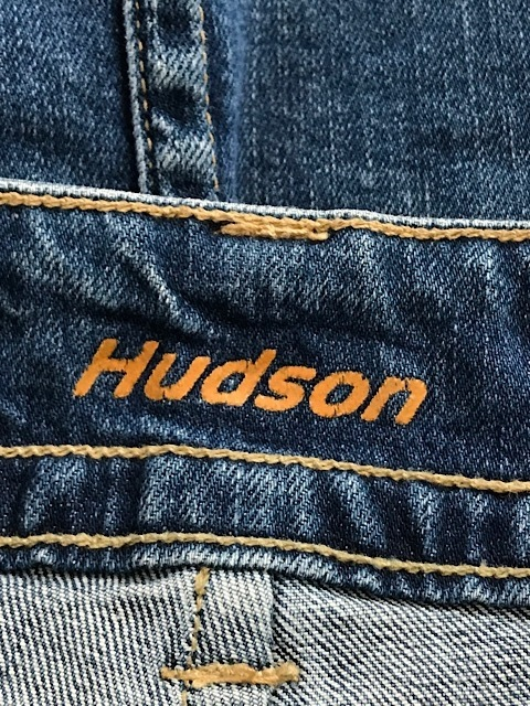 HUDSON(ハドソン)のスカート