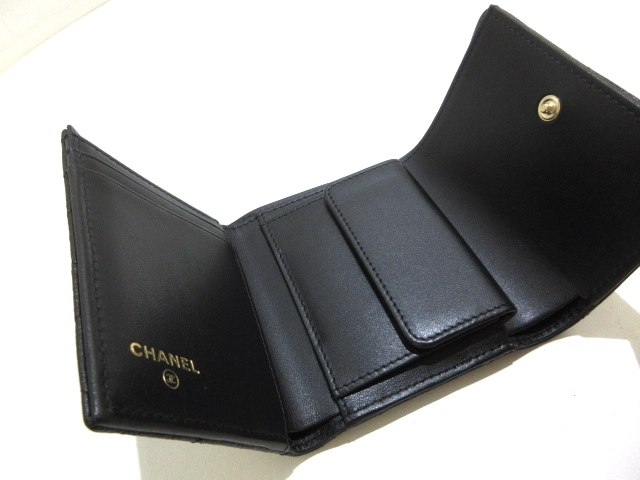 CHANEL(シャネル)のカメリア,マトラッセ