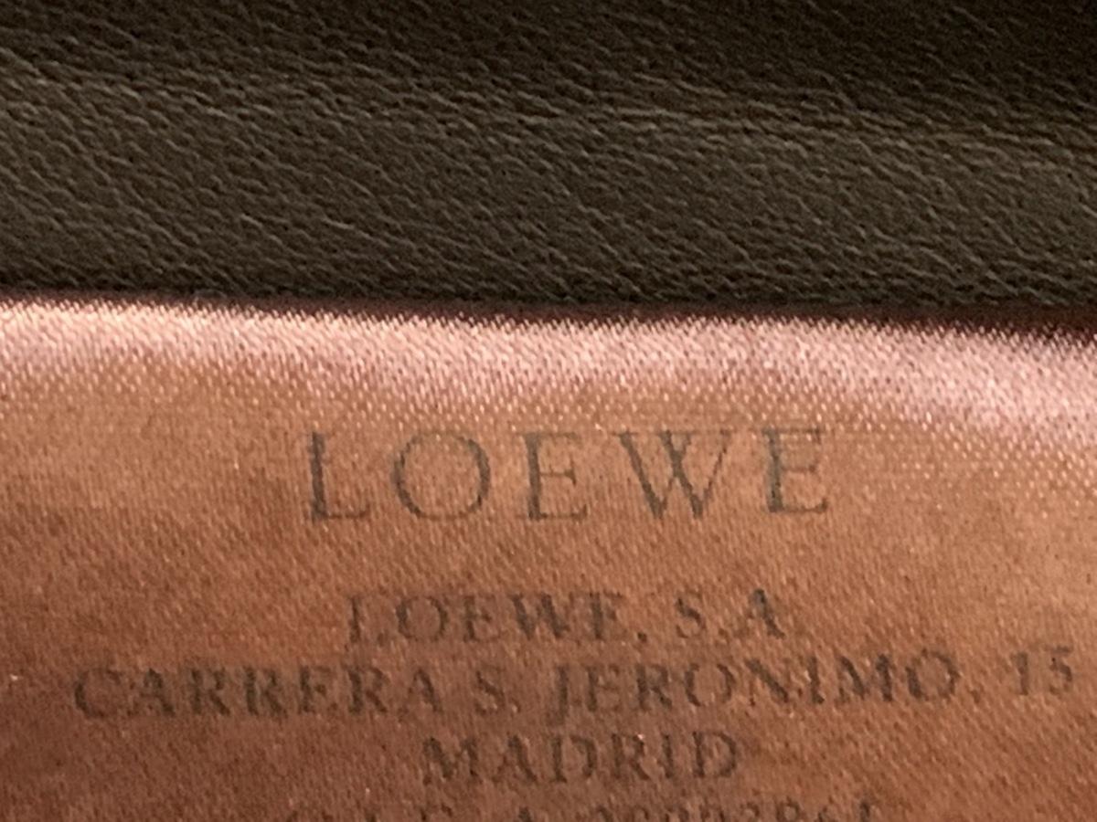 LOEWE(ロエベ)のパンツ