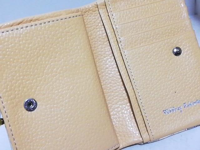 JeffreyFulvimari(ジェフリーフルビマーリ)の2つ折り財布