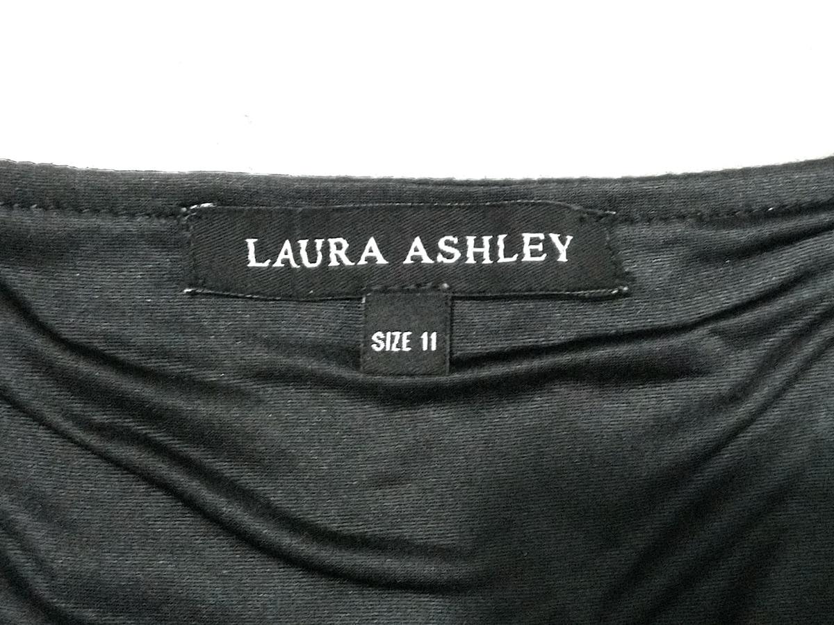 LAURAASHLEY(ローラアシュレイ)のワンピース