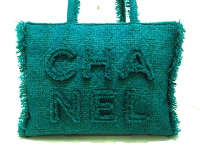 CHANEL(シャネル)のジップ ショッピングバッグ