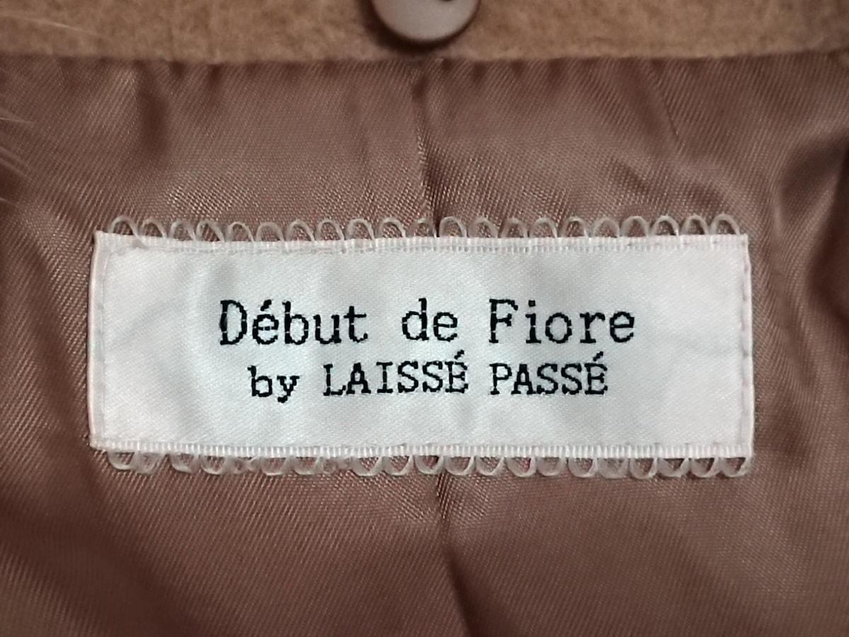 Debut de Fiore(デビュードフィオレ)のコート