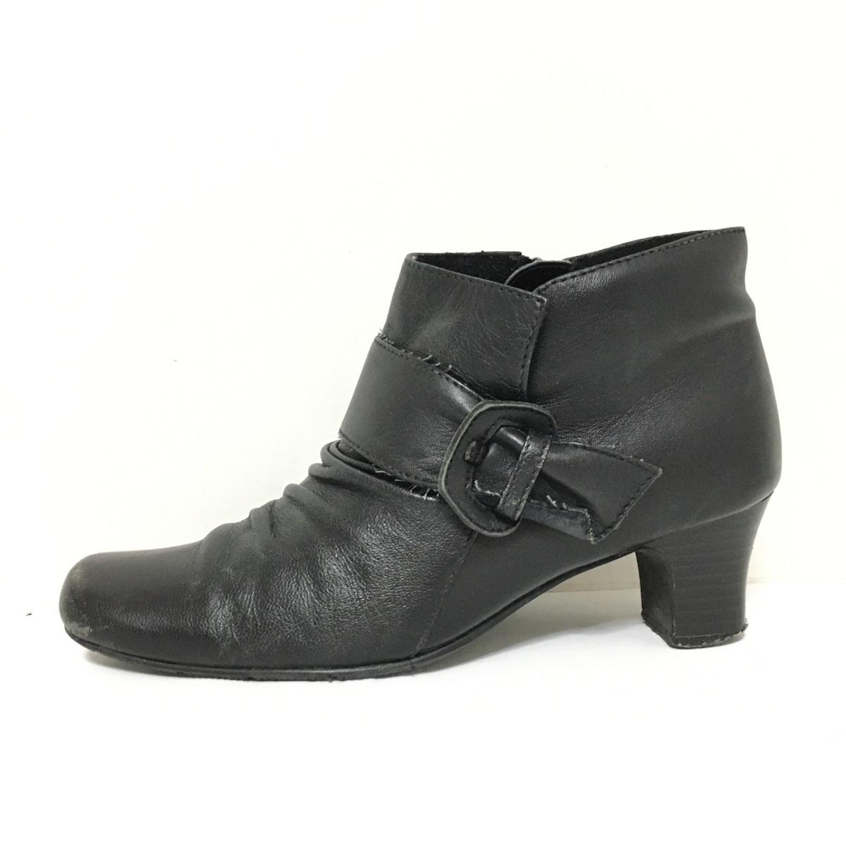 fauve(フォーブ)のブーツ