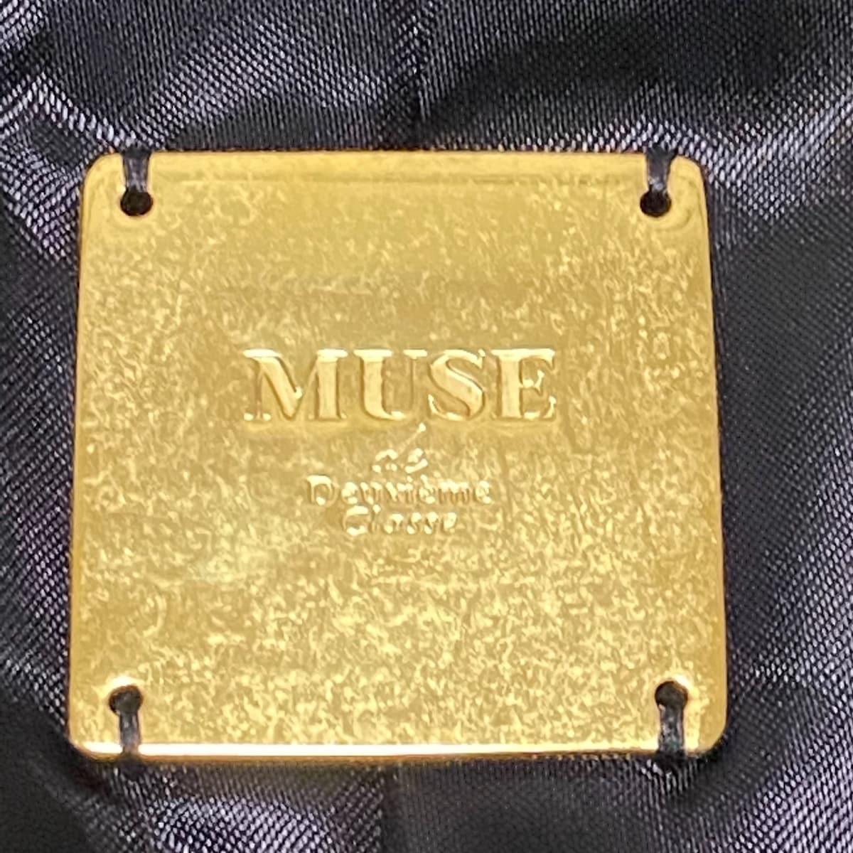 muse(ミューズ)のレディースパンツスーツ