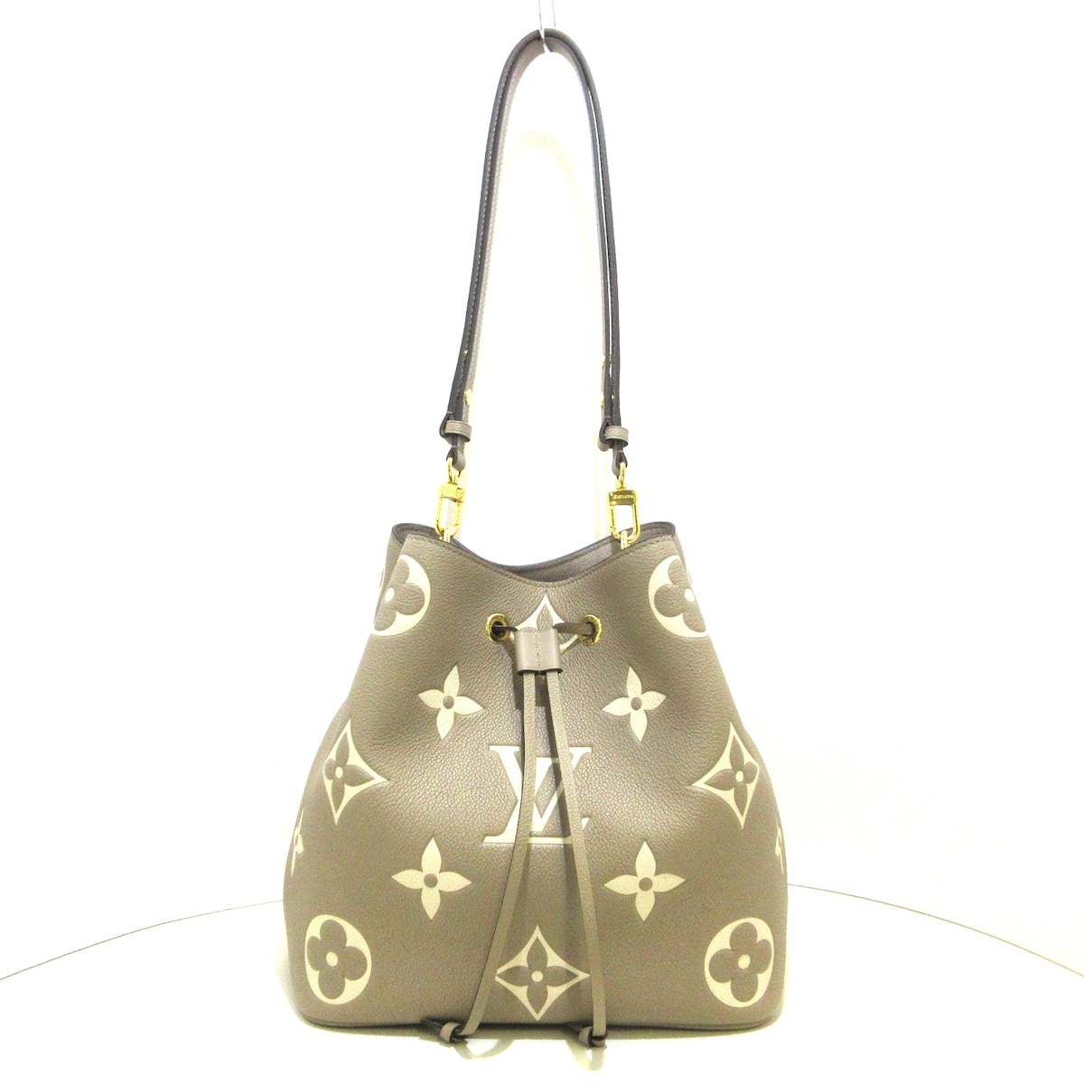 LOUIS VUITTON(ルイヴィトン)のネオノエMM