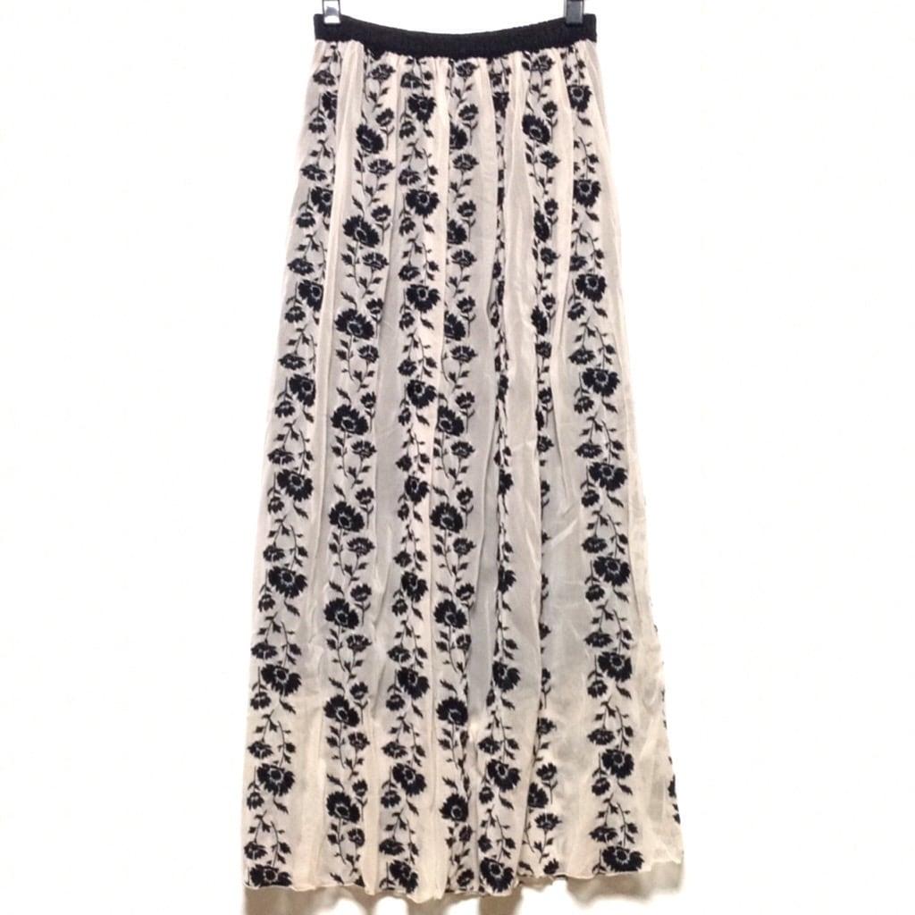 GREED International(グリード インターナショナル)のスカート