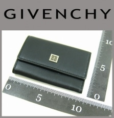 GIVENCHY(ジバンシー)のキーケース
