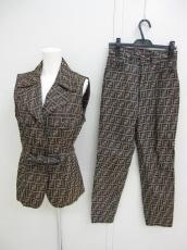 FENDI(フェンディ)のレディースパンツスーツ