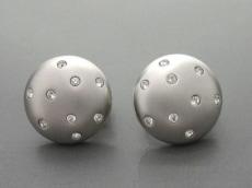 SWAROVSKI(スワロフスキー)のイヤリング