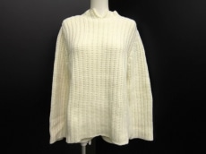 NINARICCI(ニナリッチ)のセーター