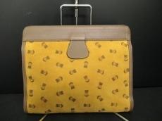 PICONE(ピッコーネ)のセカンドバッグ