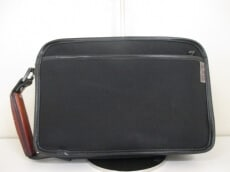 KANZAN(カンザン)のセカンドバッグ