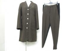MOSCHINO(モスキーノ)のレディースパンツスーツ