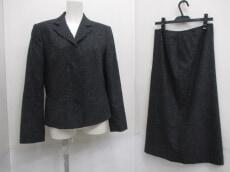 Premiere(プルミエール)のスカートスーツ