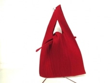 ISSEYMIYAKE(イッセイミヤケ)のハンドバッグ