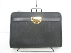 NINARICCI(ニナリッチ)のセカンドバッグ