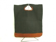 amiacalva(アミアカルヴァ)のハンドバッグ