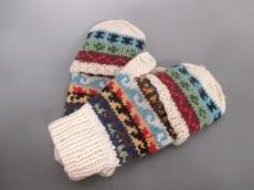 ARTESANIA(アルテサニア)の手袋