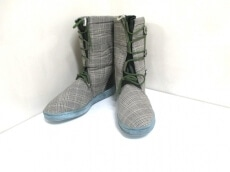 FINAL HOME(ファイナルホーム)のブーツ