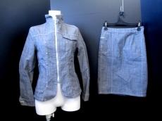 qualite(カリテ)のスカートスーツ
