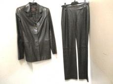 LOEWE(ロエベ)のレディースパンツスーツ