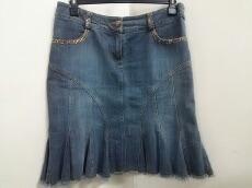 MissBlumarine(ミスブルマリン)のスカート