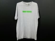 YEAH RIGHT!(イェーライト)のTシャツ