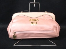 ANNA SUI(アナスイ)のクラッチバッグ