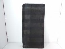 ARMANICOLLEZIONI(アルマーニコレッツォーニ)の長財布