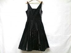aprimary(アプライマリー)のドレス