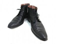 Calzoleria Toscana(カルツォレリアトスカーナ)のブーツ