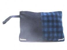 HASHIBAMI(ハシバミ)のクラッチバッグ
