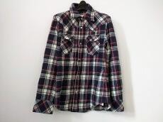 AKM(エーケーエム)のシャツ