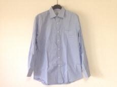 NINARICCI(ニナリッチ)のシャツ