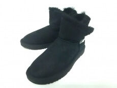 OZ LAMB UGG(オズラムアグ)のブーツ