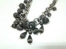 Chandelier(シャンデリエ)のネックレス