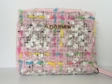 ninamew(ニーナミュウ)の2つ折り財布