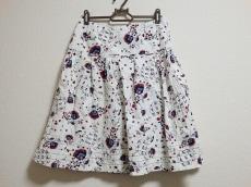 ALMA EN ROSE(アルマアンローズ)のスカート