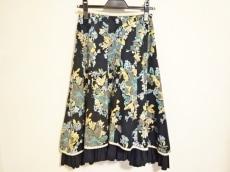 Lois CRAYON(ロイスクレヨン)のスカート