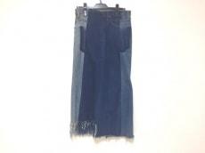 77circa(ナナナナサーカ)のスカート