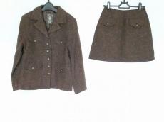 JEAN NASSAUS(ジーンナッソーズ)のスカートスーツ