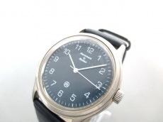 Movement in Motion(ムーブメントインモーション)の腕時計