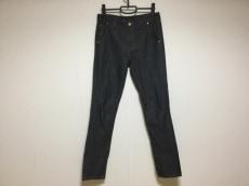 wb(ダブリュービー)のジーンズ